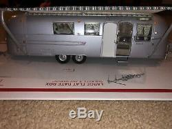 1968 Franklin Mint Airstream Condition Good Used LAND YACHT 124 scale