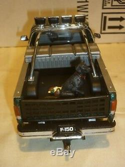 A Franklin mint of a scale model of a 1996 Ford F150 Pick up truck, boxed