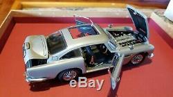 Danbury Mint 1/24 Scale Die Cast James Bond 007 Aston Martin Db5 With Box