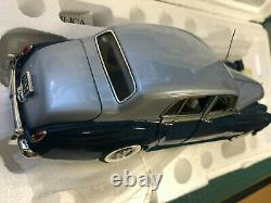 E4 16 Franklin Mint 1955 Bentley S1 Blue / Silver 124 RARE Limited Edition