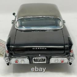 FRANKLIN MINT 124 DIECAST METAL BLACK & SILVER 1957 CADILLAC ELDORADO With TAG