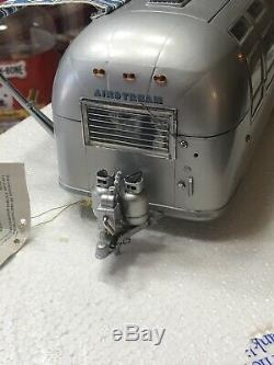 Franklin Mint 1968 Airstream International Land Yacht Camper 124 Scale Diecast