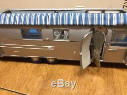 Franklin Mint 1968 Airstream camping trailer MIB #B11UK22