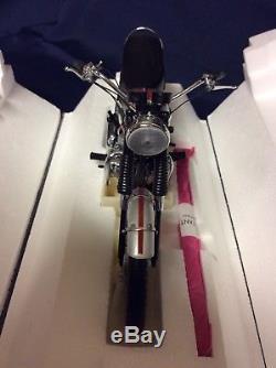 Franklin Mint 1969 Triumph Bonneville 110 Scale Diecast Motorcycle Bike