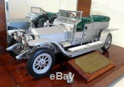 Franklin Mint 1/24 Scale Diecast FMG 1907 Rolls Royce Silver Ghost Display case
