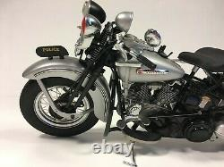 Franklin Mint Harley Davidson 1948 Panhead Police Motorcycle 110 Scale Model