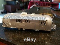 Franklin Mint Precision Model 1968 Airstream Travel Trailer 1/24