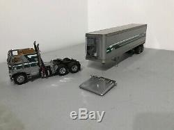 Franklin Mint Precision Model 1979 Freightliner Refrigerated Tractor Trailer