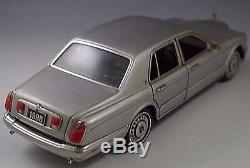 Franklin Mint Rolls-royce Silver Seraph Die-cast 1/24 Scale