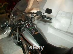 Harley Davidson Heritage Softail Classic in Silver Franklin Mint- MIB