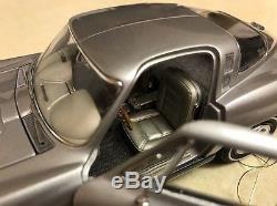 RARE 1/24 Franklin Mint Silver w Silver 1965 Corvette Sting Ray S25E932 1 of 25